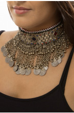 Collier choker tribal